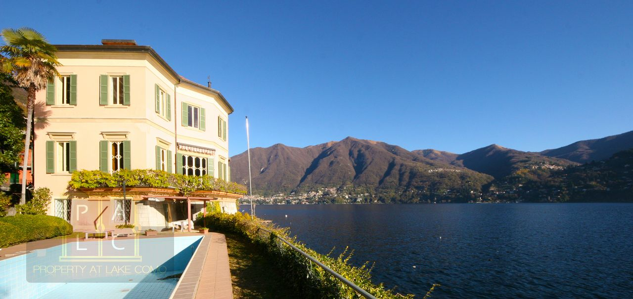 Villa Ripiego in Carate Lake Como