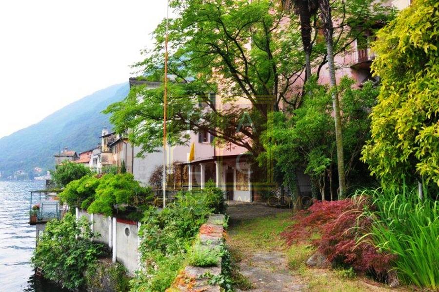 Villa Atena lake como