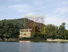 Luxury lakeside Villa Dozio Tavernola at Lake Como