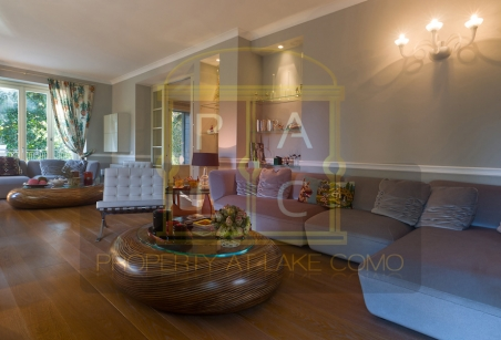 Villa Luce Lake Como Living Room