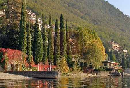 Villa Varenna Waterfront land
