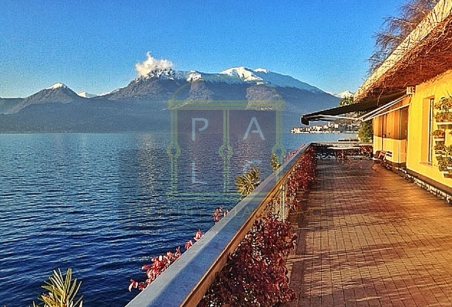 rationalist villa lake como with amazing lake view
