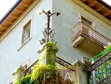 6 Bedrooms Lake Como Villa for Sale | Buy Attractive Italian Villa