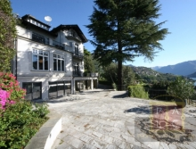 Apartment for holidays for sale in tremezzina with swimmingpool and tennis court